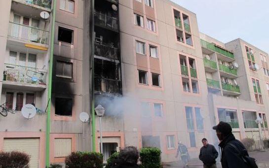 Trentesept locataires sans toit après l'incendie dans le  ~ Medecin Generaliste Aulnay Sous Bois