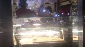 Vid o vitrine de la boulangerie de la gare d aulnay sous bois d cor e pour no l aulnaycap - Boulangerie fontenay sous bois ...