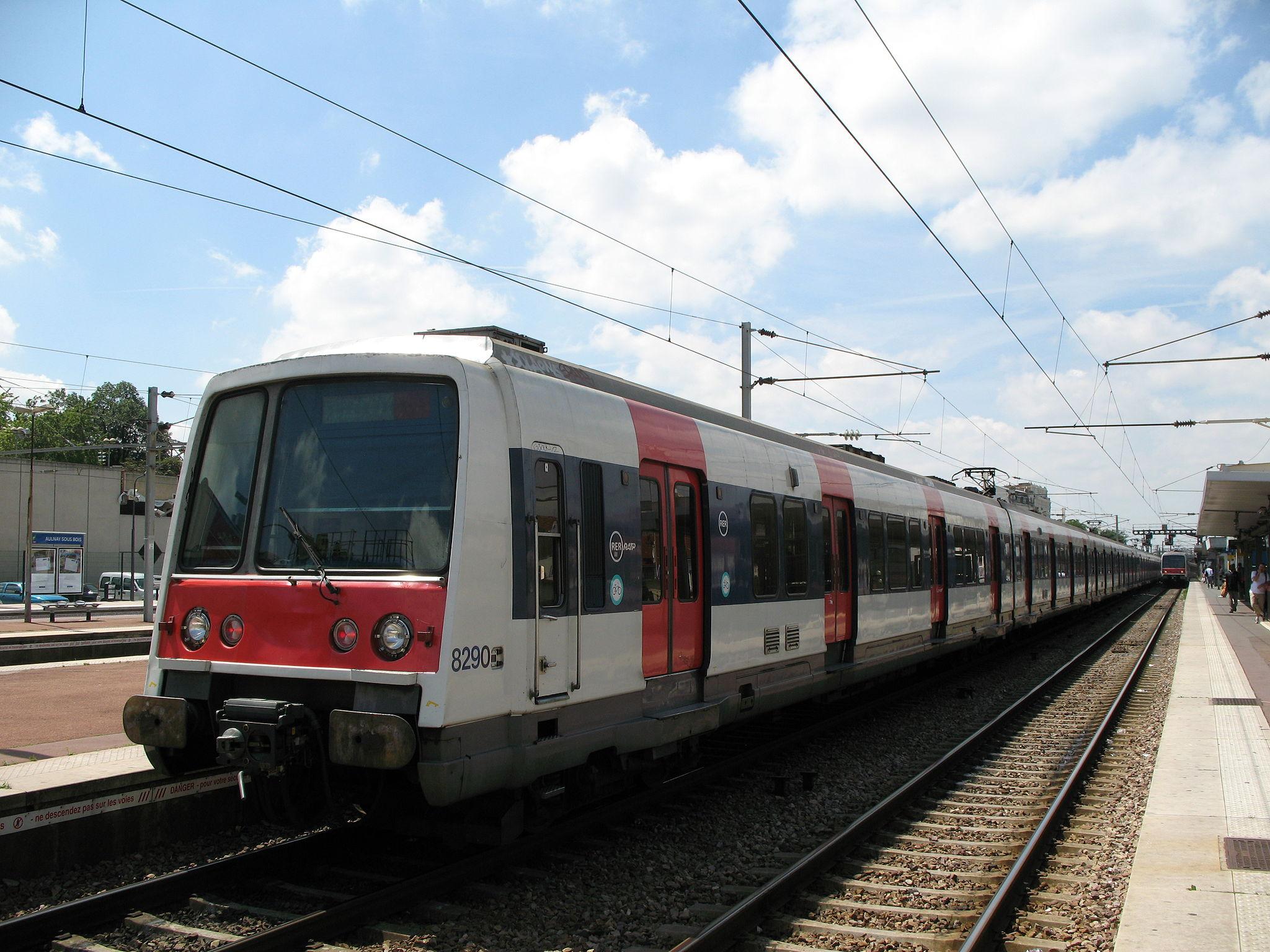 En raison d'un rail endommagé, le service communication RER B nous  ~ Rer Les Clayes Sous Bois